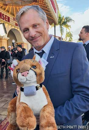 Viggo Mortensen with P-22 stuffed toy