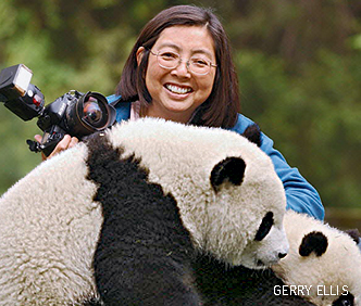 A headshot of Katherine Feng with Pandas